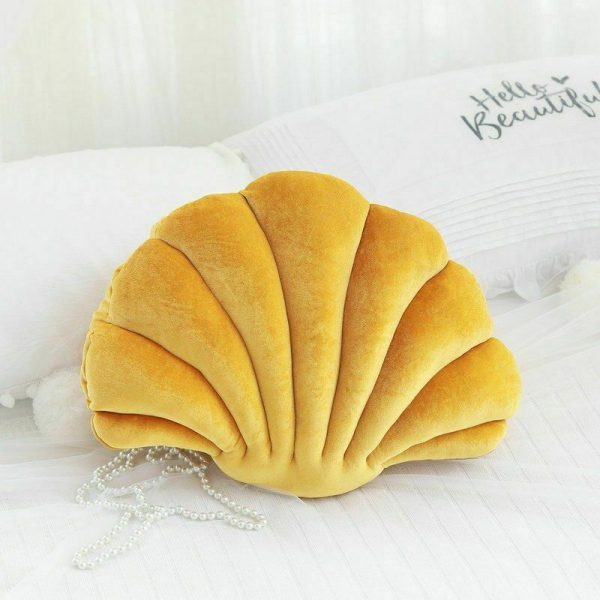 Shell Cushion